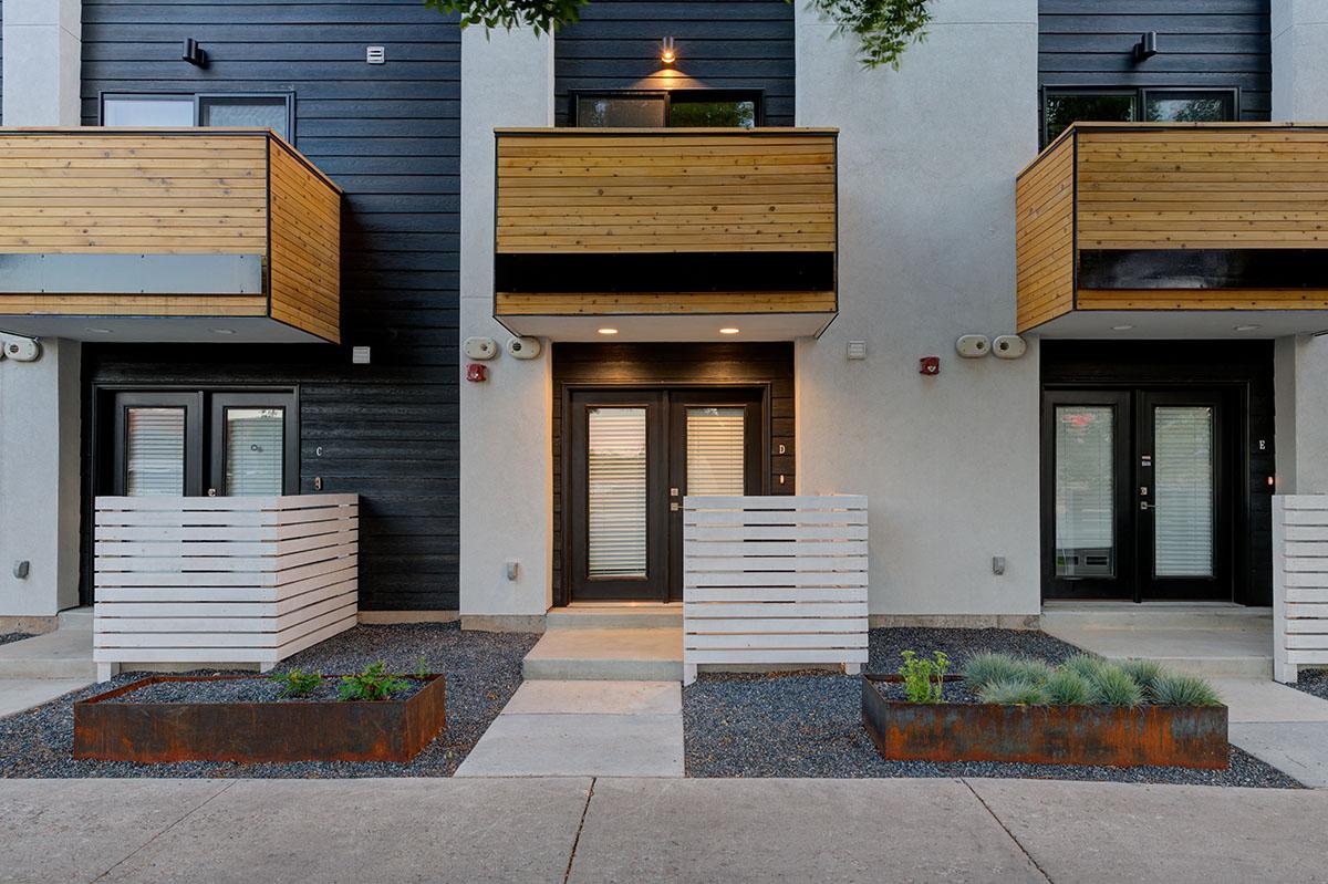 Modern-Townhouse-Design-04